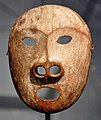Yupik sea lion mask Museum Rietberg RNA 1.jpg