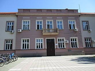 Trstenik, Serbia - Image: Zgrada opštine Trstenik