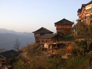 Zhuang customs and culture - Zhuang stilt houses