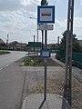 'Heves, tópart' bus stop, Route 31, 2019 Heves.jpg