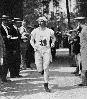Åke Grönhagen - Åke Grönhagen running the cross-country leg of the pentathlon competition at the 1912 Olympics