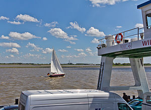 Überfahrt mit der Elbfähre Wischhafen-Glückstadt-3437.jpg