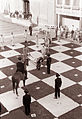 Živi šah na Rotovškem trgu v Mariboru 1962.jpg