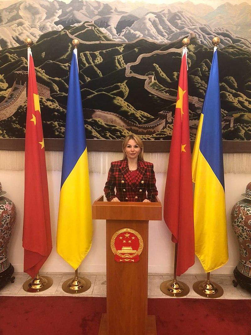 Вікторія Ліснича на зустрічі у посольстві КНР.jpg
