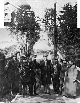 Solovki prison camp - Maxim Gorky visiting Solovki. To his right stands leading NKVD officer Gleb Boky