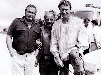 Yulian Semyonov - Yulian Semyonov and his friends, Andrei Mironov (right) and Lev Durov  (Crimea, date unknown)