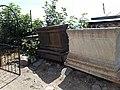Գերեզմանոց Քարահունջի Սբ Հռիփսիմե եկեղեցու մետ.jpg