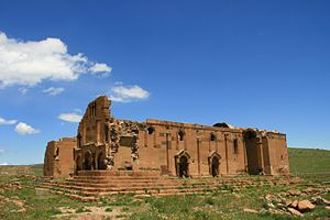 Yererouk - Image: Երերույքի Տաճար 03