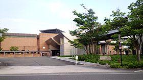 新潟近代美術館.jpg