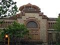 081 Escola Industrial, façana c. Comte d'Urgell.jpg