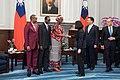 09.19 總統接受布吉納法索新任駐華特命全權大使尚娜呈遞到任國書 (37147060302).jpg