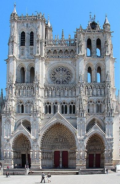 Fichier:0 Amiens - Cathédrale Notre-Dame (1).JPG