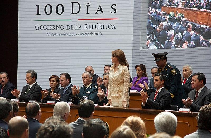 File:100 días de Gobierno. (8544811175).jpg