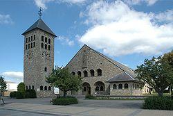 1031323 Rocherath-Krinkelt Kirche.jpg