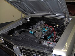 1964 Pontiac GTO 389 Tri-Power engine.JPG