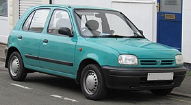 1995 Nissan Micra L 1.0 Front.jpg