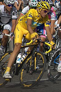 2009 Albert Contador Paris.jpg