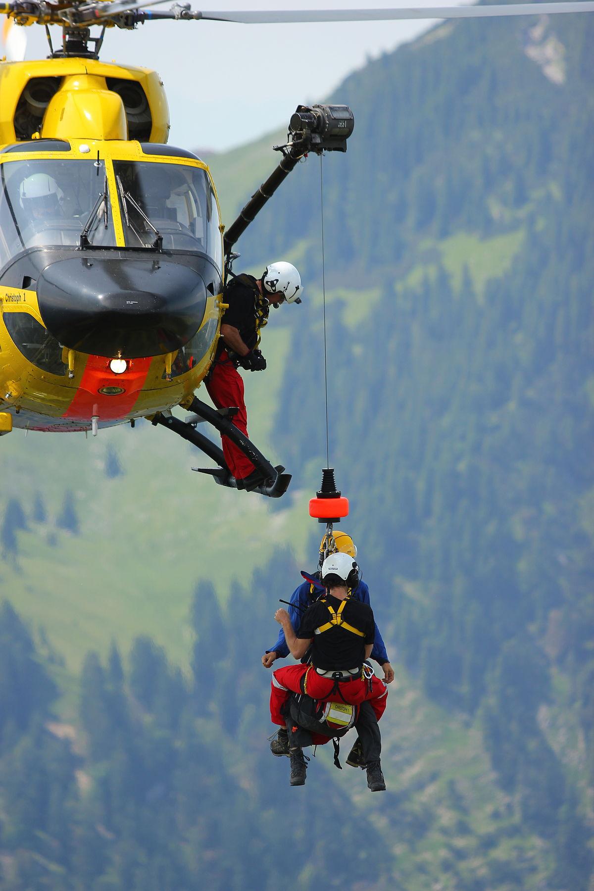L Elicottero Posizione : Guardia costiera sarzana luni ª sezione volo elicotteri