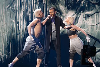 Azerbaijan in the Eurovision Song Contest 2015 - Elnur Hüseynov with backing dancers at a dress rehearsal for the second semi-final