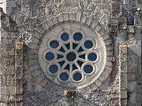 2016 Rosetón do templo da Vera Cruz. O Carballiño 09.jpg