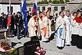 3. sveta maša za policiste Srednja vas v Bohinju, 2007, mašo vodi upokojeni Begrajski škof Franc Perko. Vhod v cerkev.jpg