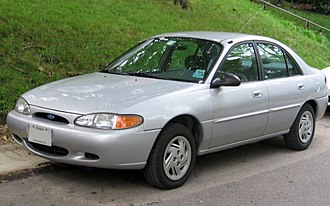 Ford Escort (North America) - Image: 97 02 Ford Escort sedan