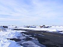 Aéroport de Saint-Hubert en hiver (2325143267).jpg