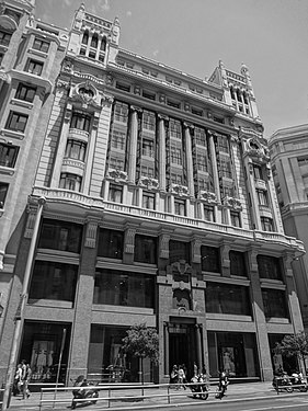 A Black and white photograph of a building at Gran Via, Madrid Spain 024.JPG