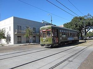 A tram (15524709008).jpg
