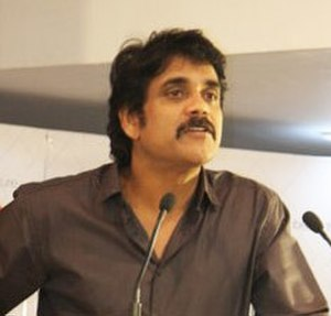 Akkineni Nagarjuna - Nagarjuna at TeachAIDS launch in 2010