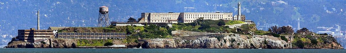 http://upload.wikimedia.org/wikipedia/commons/thumb/2/2c/Alcatraz03182006.jpg/1200px-Alcatraz03182006.jpg