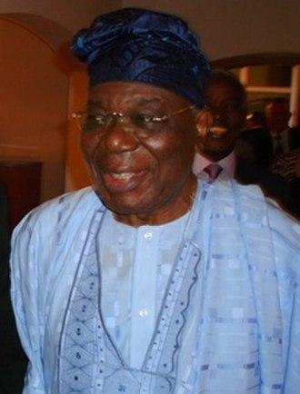 Prime Minister of Nigeria - Image: Ambassador Bob Dewar with Ernest Shonekan (3509232597) (cropped)