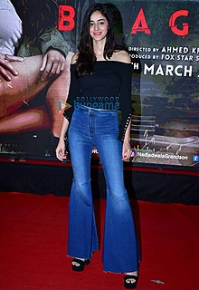 Ananya Pandey attends the premiere of Baaghi 2 (17).jpg