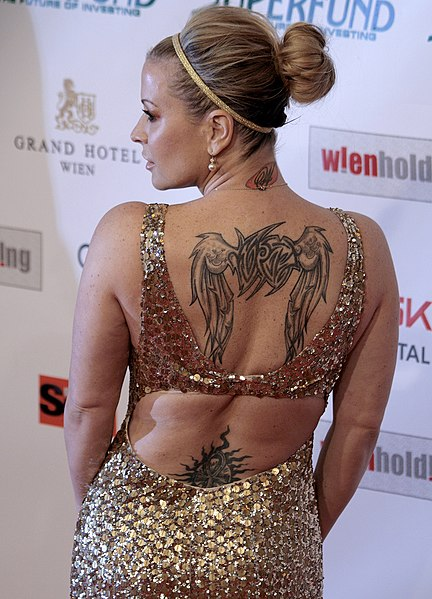 Tattoos collection full back tattoos women for Full back tattoos women