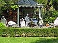 Apiculteurs des ruches du Jardin du Luxembourg.JPG