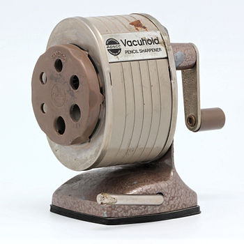 Apsco Vacuhold pencil sharpener 05.jpg