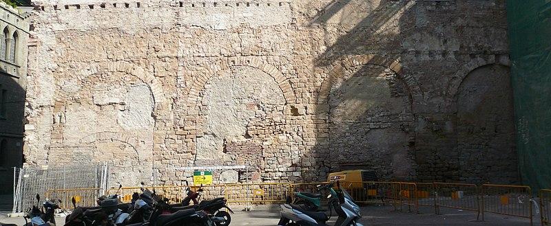 File:Aqüeducte Barcino.jpg