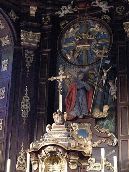 Arnèke (Nord, France), église St Martin, tabernacle et retable du maître-autel.