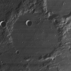 Arnold crater 4080 h2.jpg