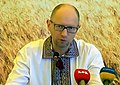 Arseniy Yatsenyuk, August 19, 2014.jpg