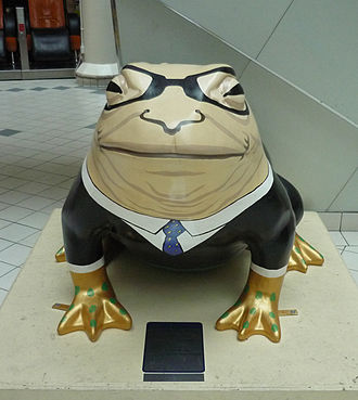 Larkin 25 - Number 10: representation of Larkin as a toad, Princes Quay Shopping Centre, Kingston upon Hull