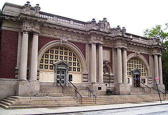 Public bathing - The Asser Levy Public Baths in Manhattan, New York City (1904-1906, restored 1989-1990)