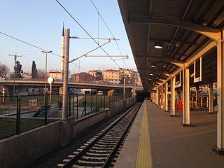 Ayrılık Çeşmesi railway station