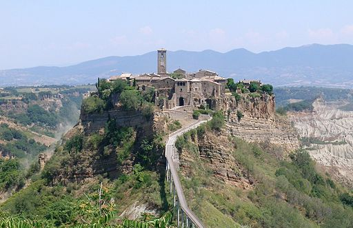Bagnoregio civita panorama cropped