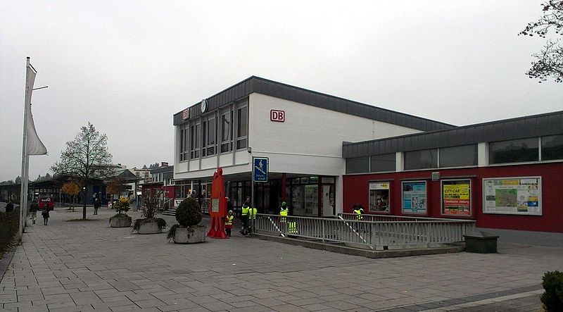 File:Bahnhof Amberg.jpg