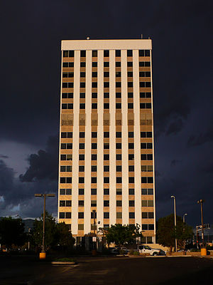 Del E. Webb Construction Company - Image: Bank of the West Tower Albuquerque 2012