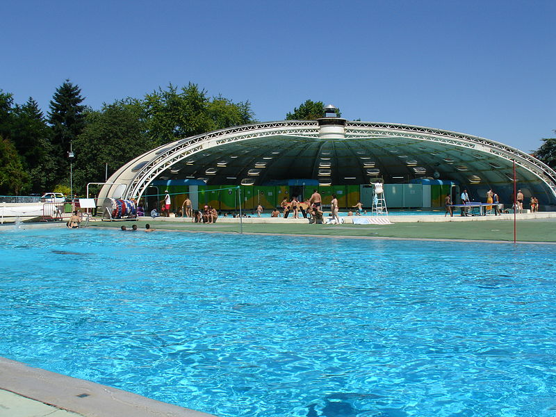 File bassins ext vlb jpg wikimedia commons for Piscine briancon horaire