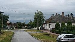 Beregdaróc látképe az Alkotmány út, Rákóczi út sarokról - panoramio.jpg