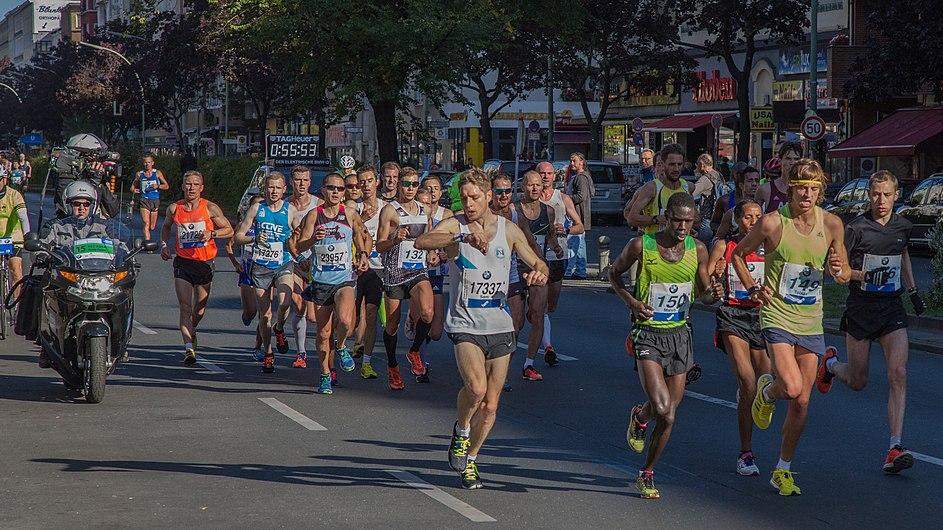 Berlin Marathon 2015 (21577480139).jpg