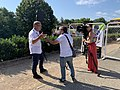 Bernard Hinault interviewé par France 3 (Saint-Vulbas, Tour de l'Ain 2020).jpg